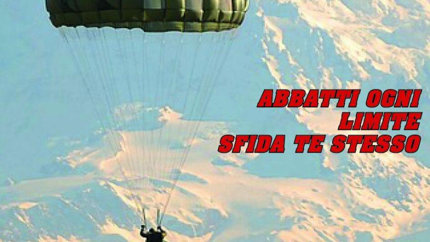 Presentazione del 78° corso di paracadutismo sotto controllo militare