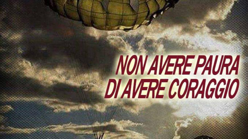 Presentazione del 79° corso di paracadutismo sotto controllo militare